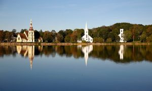 churches of mahone bay